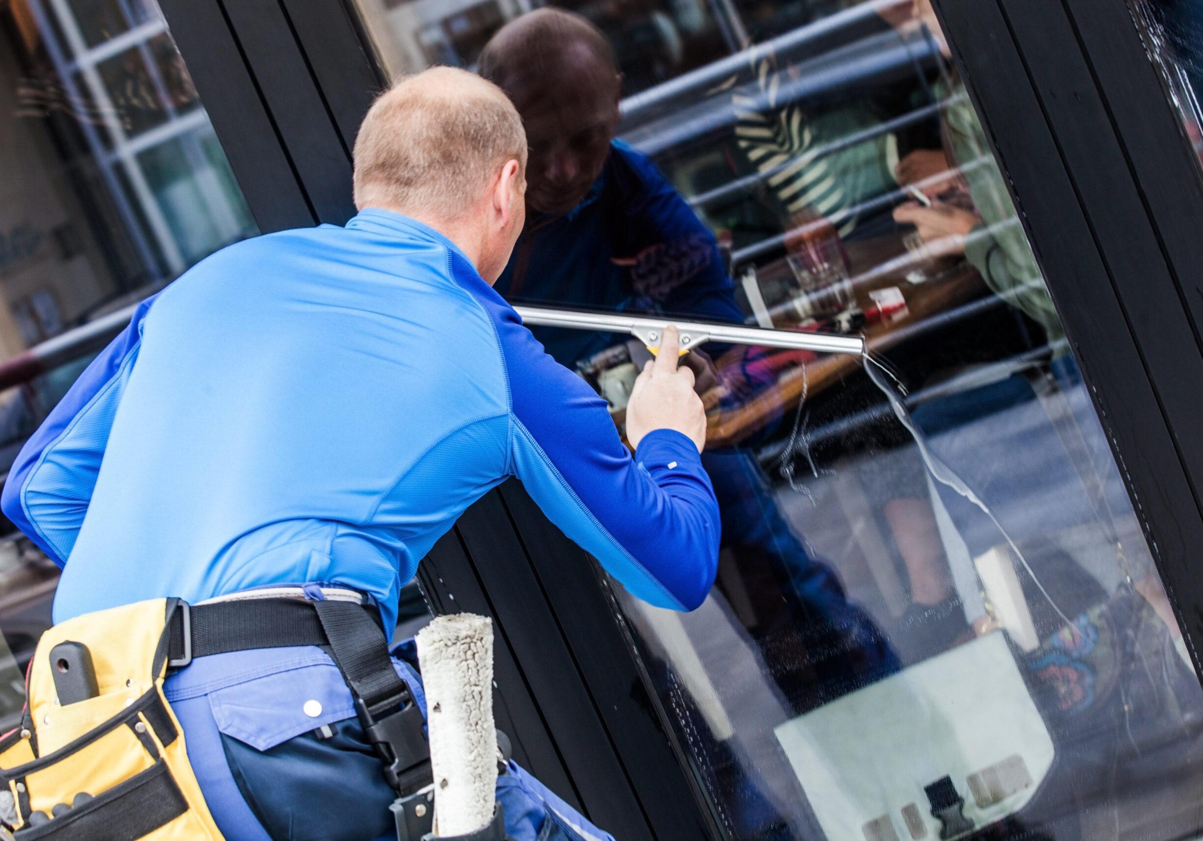 WINDOW CLEANING DUBLIN